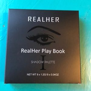 Real her Shadow Palette